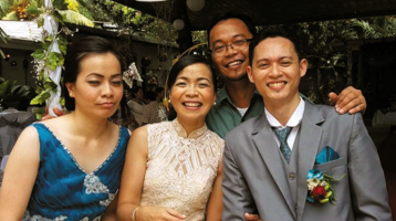 Kurt Zion Pala with his mother, sister and her husband